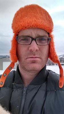 thomas wells in winter hat